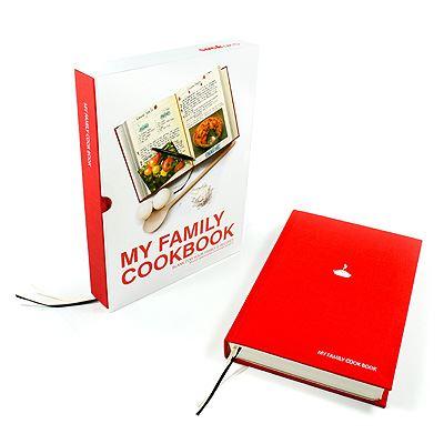 Kniha rodinných receptů My Family Cookbook, červená