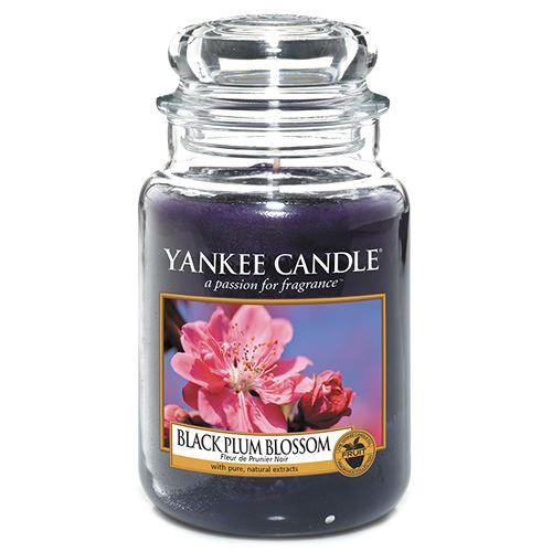 Svíčka ve skleněné dóze Yankee Candle Květ černé švestky, 623 g