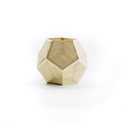 Zlatý svícen ve tvaru pentagonu
