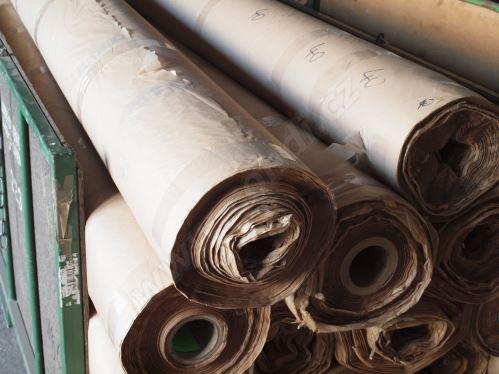 Balicí papír sulfátový na roli (1kg)